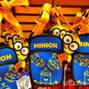 ミニオンやエルモのデザインがかわいい☆USJのパークガイドが入れられるケース!
