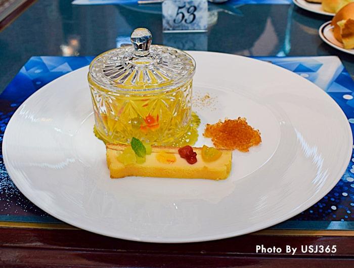 マンゴームースとチーズケーキのジュエリー仕立て
